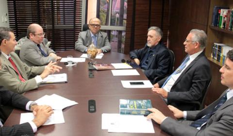 Comissão conclui relatório com propostas para adequar Judiciário cearense ao novo CPC