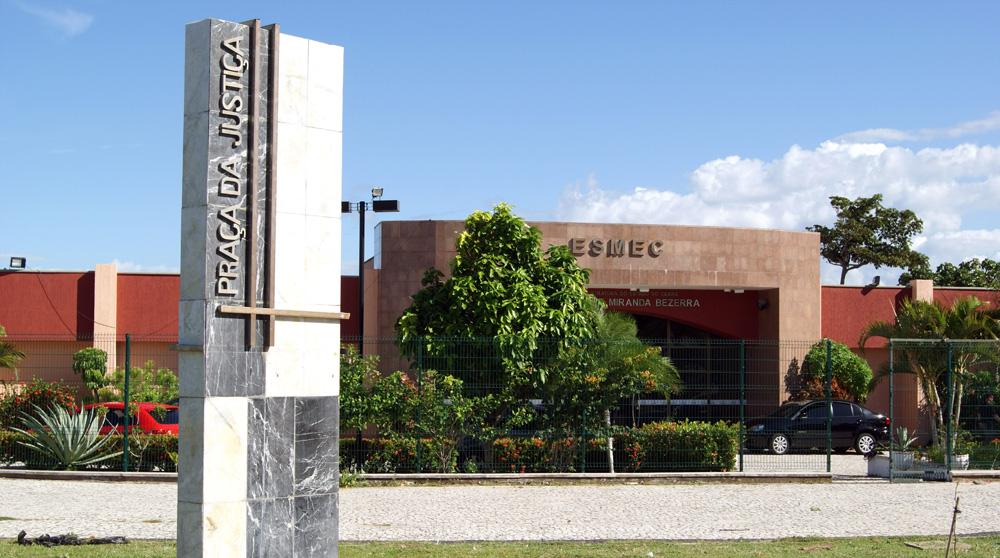 Abertas as inscrições para o seminário  Arnaldo Vasconcelos na Esmec