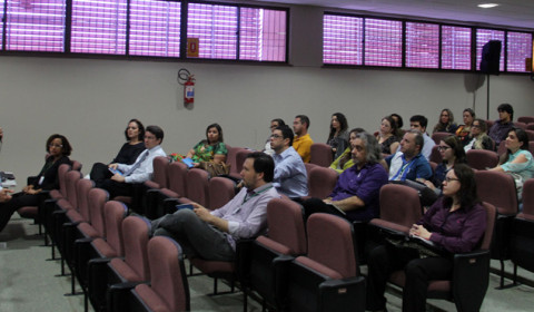 Servidores iniciam aulas presenciais do curso de Mediação e Conciliação