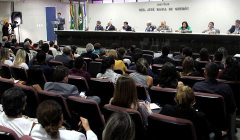 Operadores do Direito discutem mudanças no novo CPC durante Ciclo de Palestras na Esmec