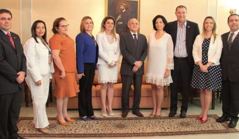 TJCE assina convênios com instituições de ensino do Interior para instalação de centros judiciários