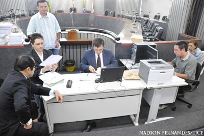 TJCE alcança 94,7% de acordos no primeiro dia de audiências de precatórios de 2013