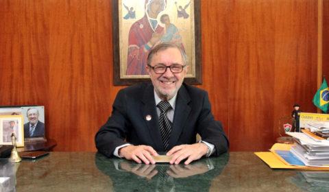 Desembargador Francisco Lincoln completa 10 anos de TJCE