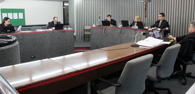 Foram realizadas 47 sessões ordinárias e quatro extraordinárias