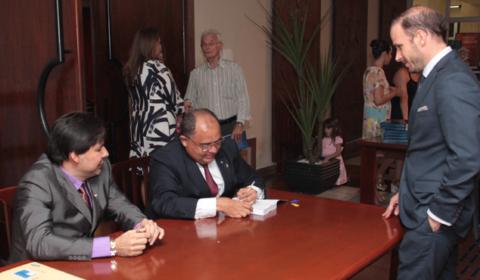 Magistrado e promotor lançam livro sobre experiências do Tribunal do Júri no Brasil e exterior