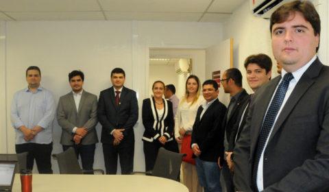 Juízes do Curso de Formação Inicial visitam instalações da Vara de Custódia de Fortaleza