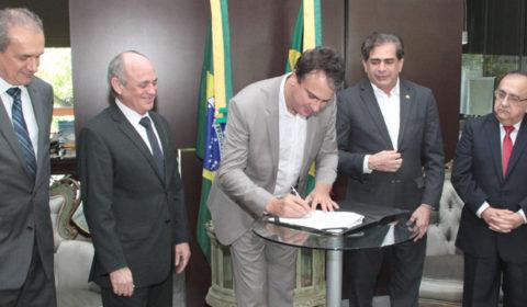 Sancionada lei de autoria do TJCE que vai ampliar serviços para população