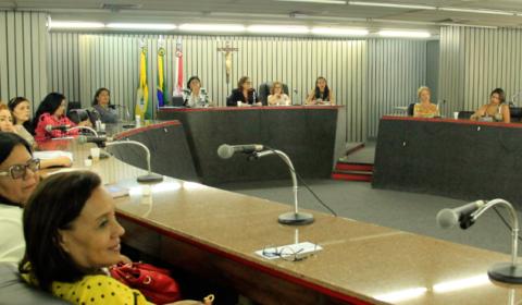 Cejai debate programa de apadrinhamento com diretores de instituições de acolhimento