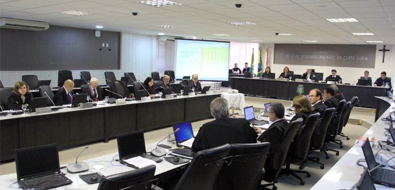 Órgão Especial aprova promoção e remoção de juízes