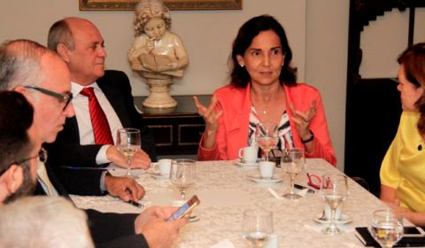 """Presidente do TJCE, vice-governadora, promotores e defensores acompanham """"Tempo de Justiça"""""""