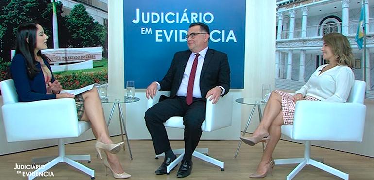 Os entrevistados são os juízes Ana Cristina e Roberto Viana