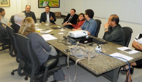"""Programa """"Tempo de Justiça"""" faz balanço das ações com juízes das Varas do Júri de Fortaleza"""