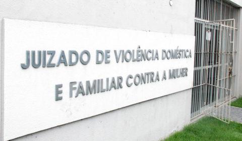 Juizado da Mulher de Fortaleza funciona  excepcionalmente das 13h às 18h nesta terça-feira