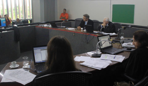 TJCE utiliza pela primeira vez videoconferência para manifestação de advogados durante sessão