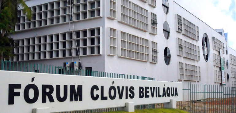 Caso Benfica: júri dos acusados deve ser concluído na madrugada desta quinta-feira