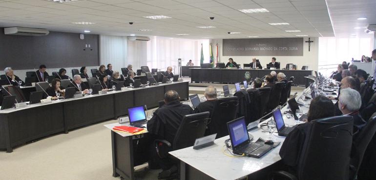 Pleno do Tribunal de Justiça escolhe lista tríplice para jurista suplente do TRE-CE