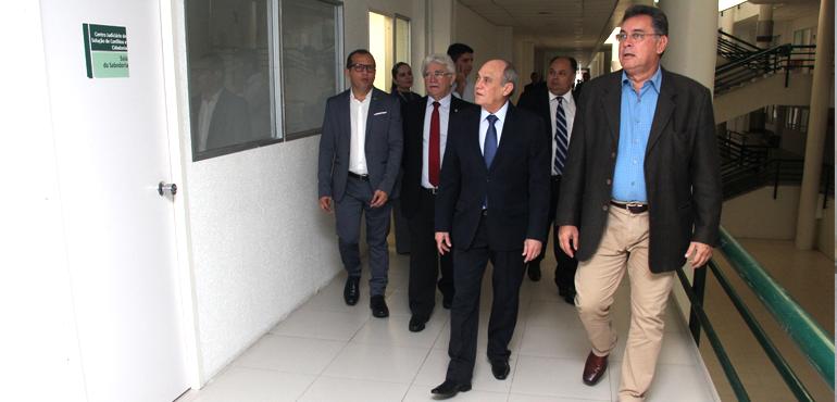 Presidente do TJCE visita instalações onde funcionarão videoconferência e Vara de Organizações Criminosas
