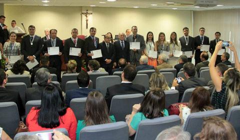 Corregedoria entrega medalha em reconhecimento à produtividade e presteza dos magistrados
