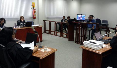 Fórum das Turmas Recursais utiliza pela primeira vez videoconferência durante sessão de julgamento