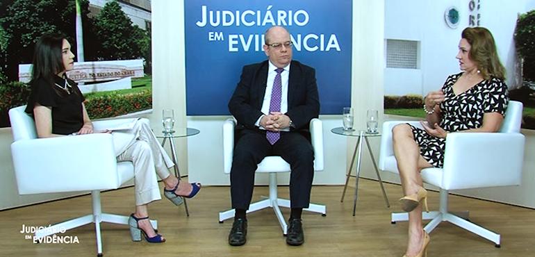 """Especialização de duas varas para atuar em processos de saúde pública é tema do """"Judiciário em Evidência"""""""