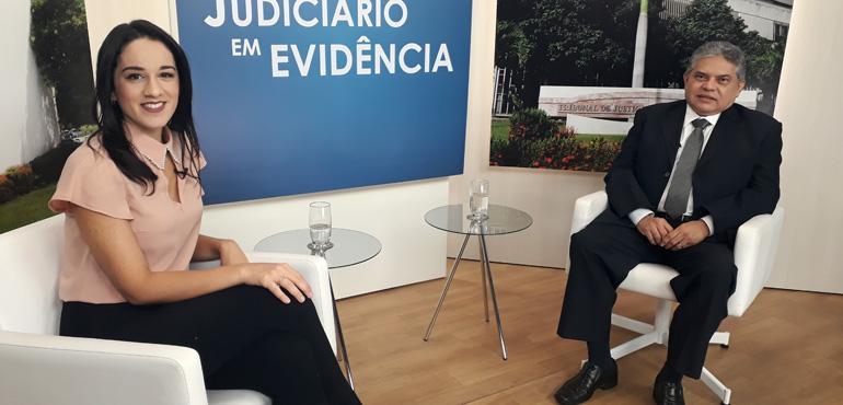 Desembargador Francisco Carneiro Lima é o entrevistado