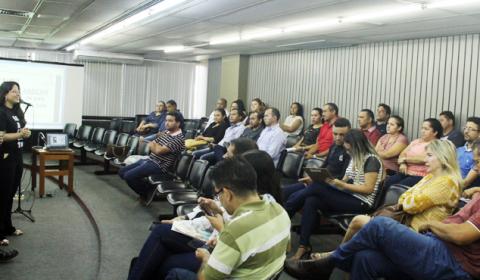 Pretendentes à adoção participam de curso preparatório no Tribunal de Justiça