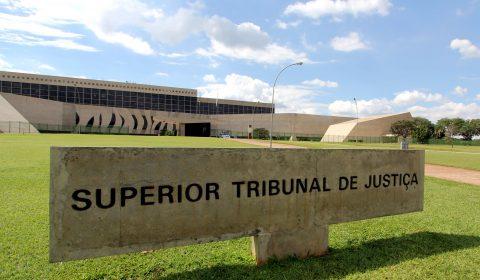 Superior Tribunal de Justiça (STJ) determina suspensão do trâmite e devolução à origem dos processos relativos a expurgos inflacionários
