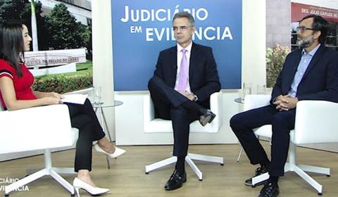 """""""Judiciário em Evidência"""" traz balanço das ações promovidas pela Esmec no último biênio"""