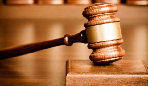 Issec é condenado a pagar R$ 33 mil para idoso que teve cirurgia negada indevidamente