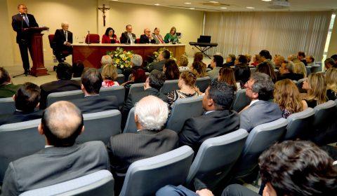 Desembargador Teodoro Silva Santos assume a Corregedoria-Geral da Justiça do Ceará