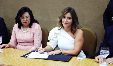 Posse da juíza Ana Cristina Esmeraldo como diretora do Fórum Clóvis Beviláqua