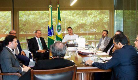 Presidente do TJCE apresenta ao governador Camilo plano para aumentar produtividade do Judiciário