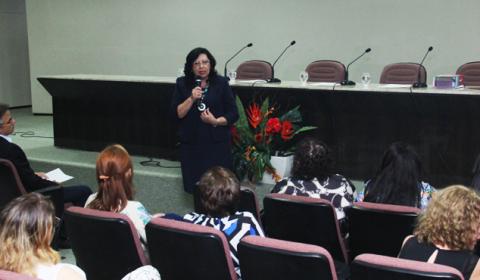 Vice-presidente do TJCE destaca importância da mulher durante seminário na Esmec