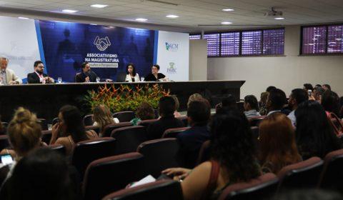 Roda de conversa debate Judiciário e Jornalismo na Escola da Magistratura