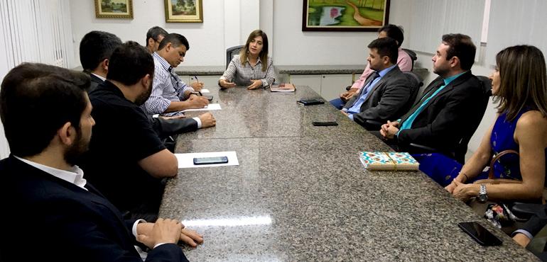 Diretora do Fórum se reúne com membros da PF para tratar de melhorias nas comunicações eletrônicas