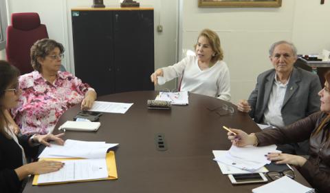 Comissão planeja ações para cumprir as diretrizes do Plano de Gestão Documental no Fórum de Fortaleza
