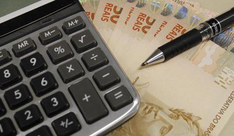 Decisão do Ministro Gilmar Mendes  reconsidera julgado anterior sobre a suspensão dos processos relativos ao expurgos inflacionários referentes ao Plano Econômico Collor II