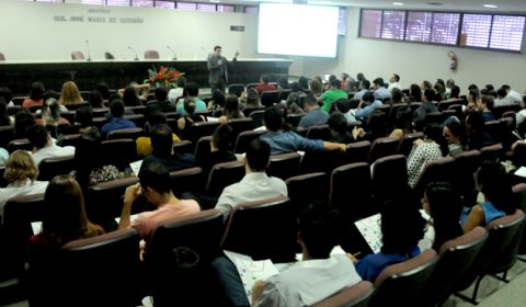 Primeira turma de estagiários de pós-graduação inicia treinamento na Esmec