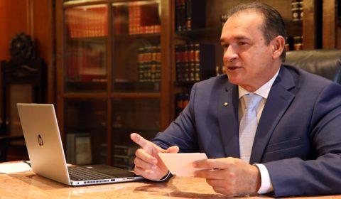 Presidente do TJCE inova ao fazer balanço dos 100 dias da Gestão ao vivo em live nas redes sociais