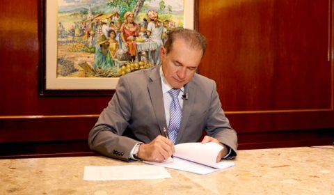 Assinado contrato para construção do  novo Fórum da Comarca de Várzea Alegre