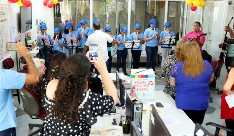 Crianças da Associação Revarte visitam o Nupemec e são homenageadas