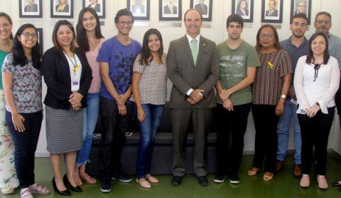 Ouvidoria do Tribunal de Justiça recebe visita de estudantes
