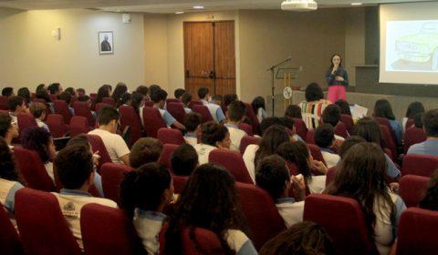 Estudantes da rede pública assistem à palestra sobre valorização da vida no Tribunal de Justiça