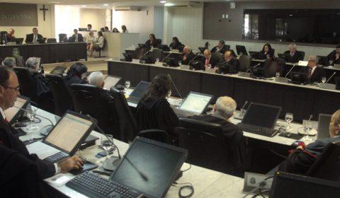 Pleno elege desembargador e juízes para compor o Tribunal Regional Eleitoral