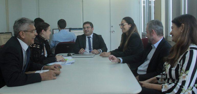 Representantes de outros tribunais vêm ao TJCE conhecer o trabalho da Assessoria de Precatórios