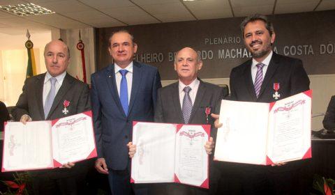 Tribunal de Justiça entrega Medalha do Mérito Judiciário a três personalidades