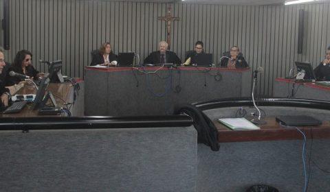 Empresas são condenadas a pagar mais de R$ 100 mil por descumprir prazo de entrega de imóvel