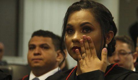 Emoção marca solenidade de posse dos juízes