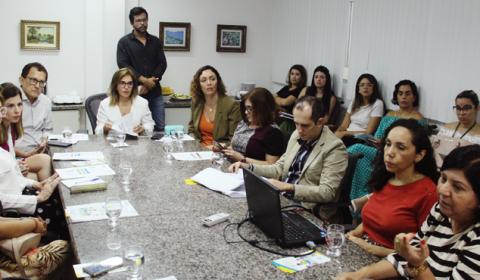 Reunião entre Judiciário e Prefeitura visa otimizar fluxos do serviço Família Acolhedora