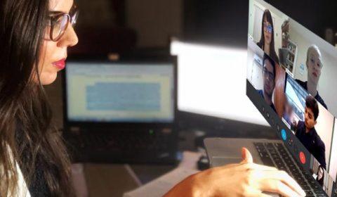 Juíza realiza sessão telepresencial para apresentação de adolescentes em conflito com a lei